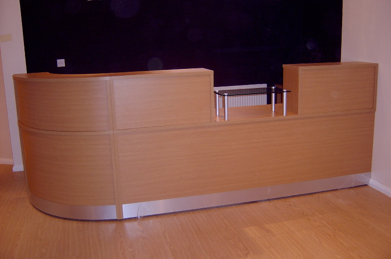 Image 65F - Flex bespoke Dental reception desk
