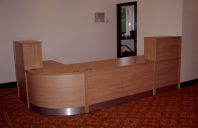 Image 72F - Flex reception desk