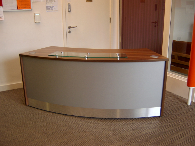 Image 6F - Flex Curved reception desk -Walnut and Titanium
