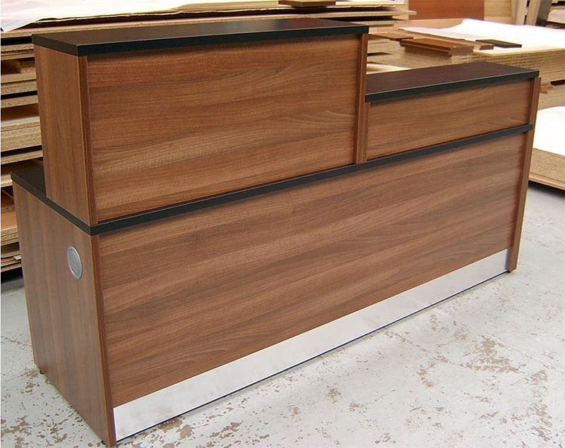 Bespoke 83F - Flex bespoke reception desk