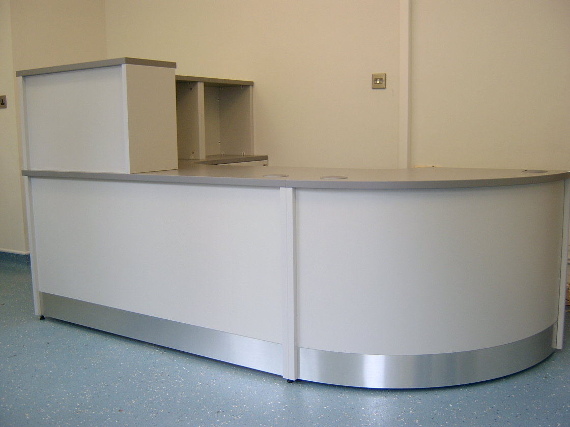 Image 5B- Flex Bespoke reception desk