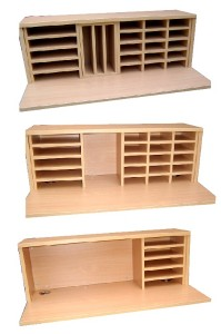 Pidgeon hole storage