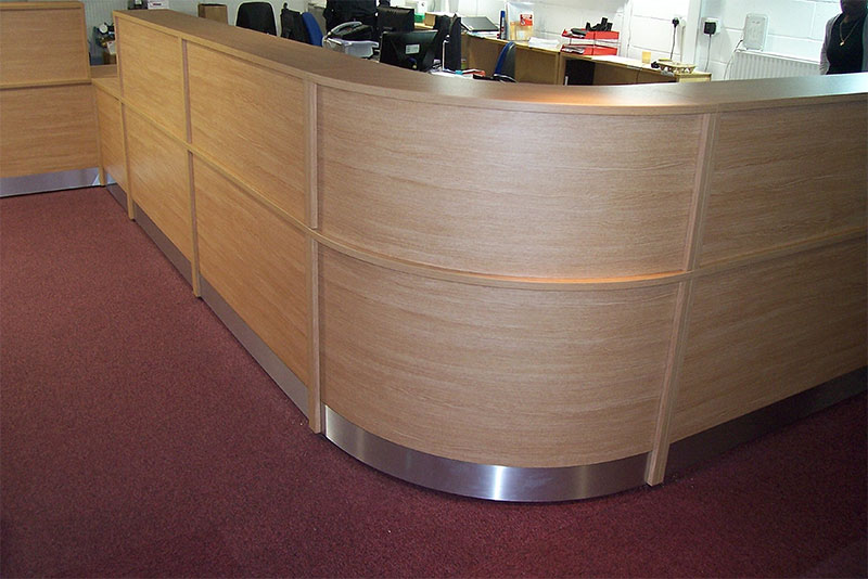 Image 63F - Flex  - Bespoke college reception desk - front view          w