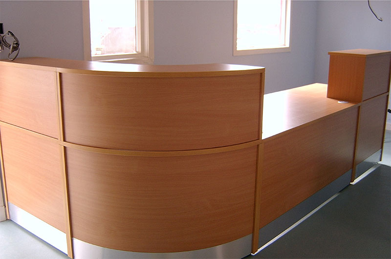 Image 24F/C - Flex reception desk  - 1 side view Dental reception