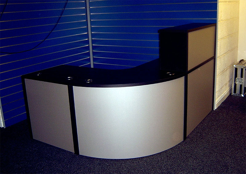 Image 67F - Flex reception desk - The Games Factory