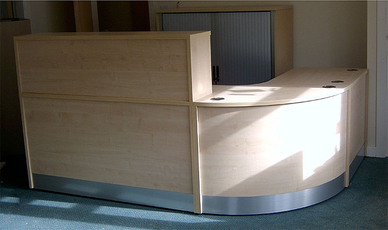 Image 73F - Flex reception desk